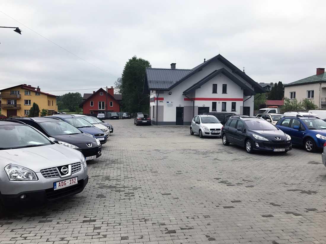 AUTO HANDEL - REWI