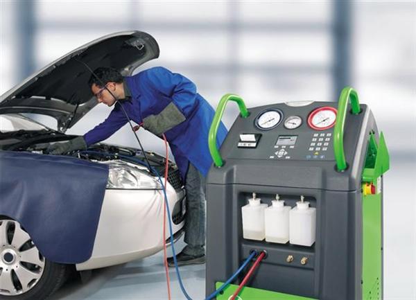 Obsługujemy układy klimatyzacji samochodowej - STACJA KONTROLI POJAZDÓW<br/>przy Stacji Paliw